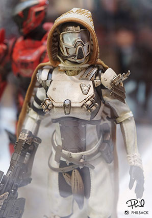 Destiny Hunter Chatterwhite Shader by Ashley Wood, 3A Toys